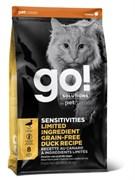 Беззерновой сухой корм GO! NATURAL Sensitivity Shine Grain Free Duck Cat Recipe для котят и кошек с чувствительным пищеварением со свежей уткой