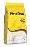 Низкозерновой сухой корм FirstMate для собак всех пород всех возрастов с курицей и овсом (FirstMate Cage Free Chicken Meal & Oats)